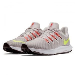 NIKE QUEST TRAINERS SHOES